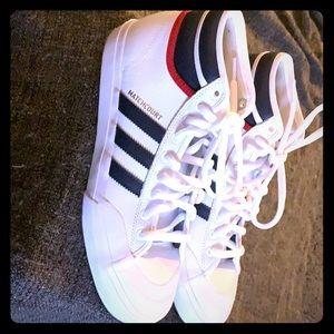Adidas Matchcourts-Great condition